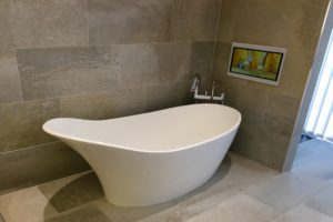 Aquavision White Bathroom TV